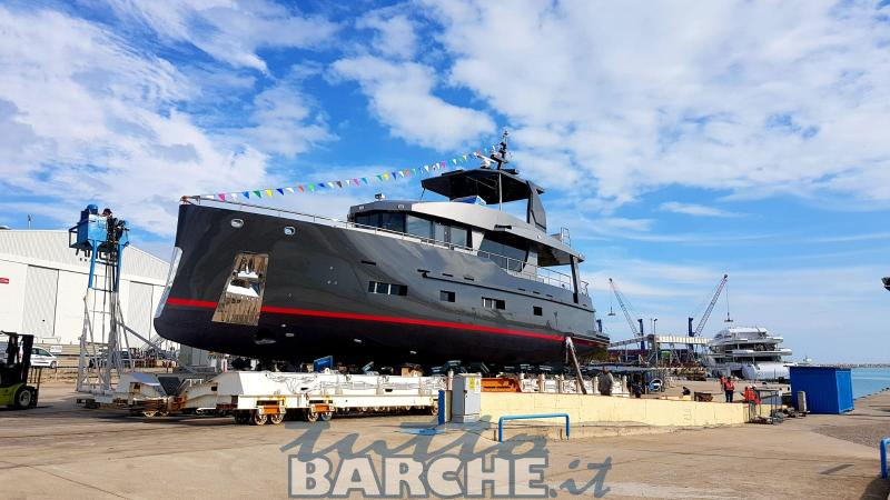 Bering Yachts BERING B70 STEEL AND COMPOSITE -id:6015- used