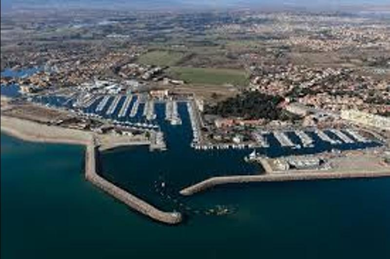 1546526199137_Port_saint_Cyprien.jpeg