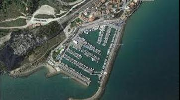 1541763869117_port_garraf1.jpg