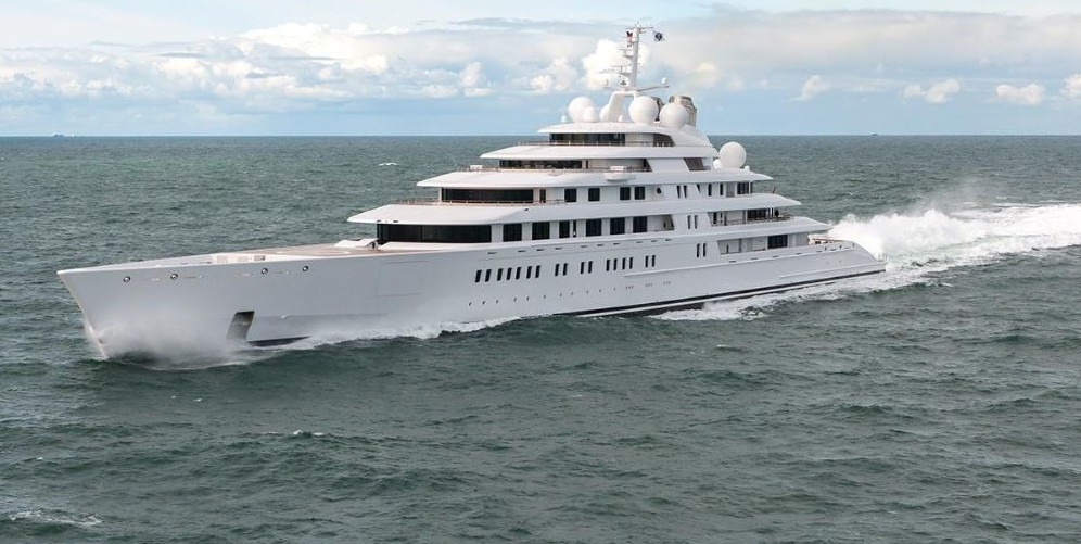 The Biggest Yacht In The World It S An Italian Project Ma