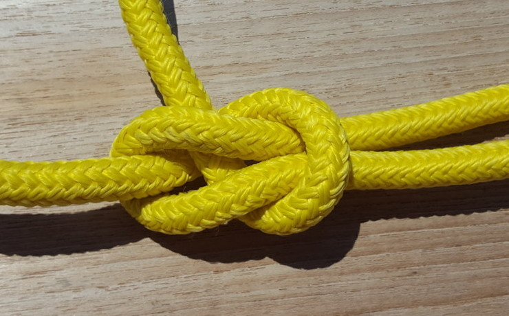 A KNOT FOR ANY FLAG .... AND LITTLE ELSE. THE VIDEO
