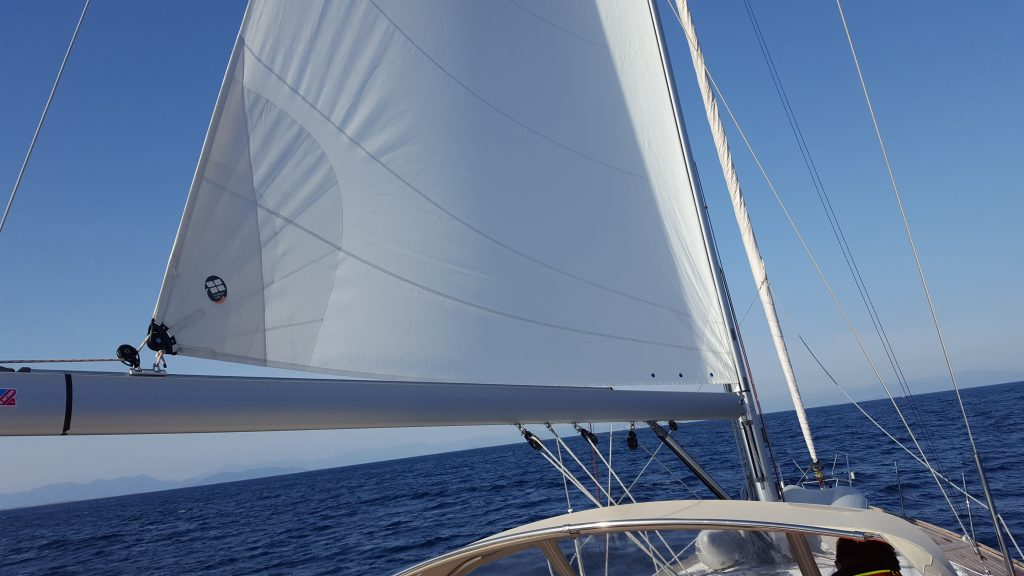 3 REASONS (+1) WHY I HATE THE MAINSAIL FURLER