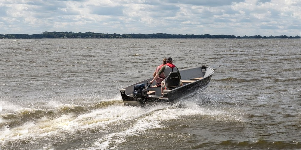 New Mercury 15/20 hp outboard with ambidextrous control