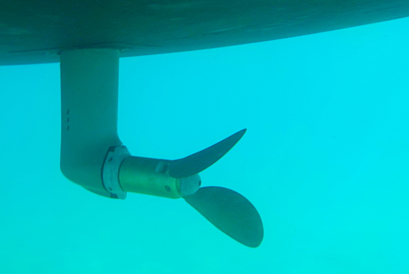 A Dufour 520 GL loses her propeller at sea
