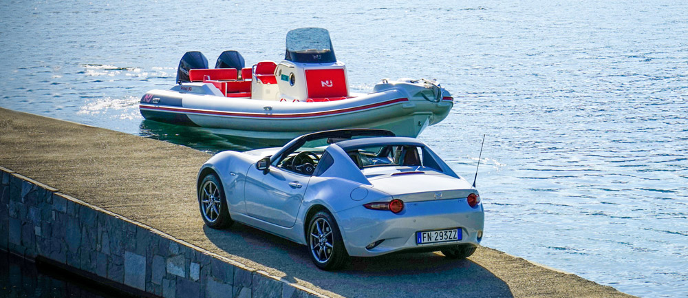Nuova Jolly Prince 30 Sport and Mazda MX5