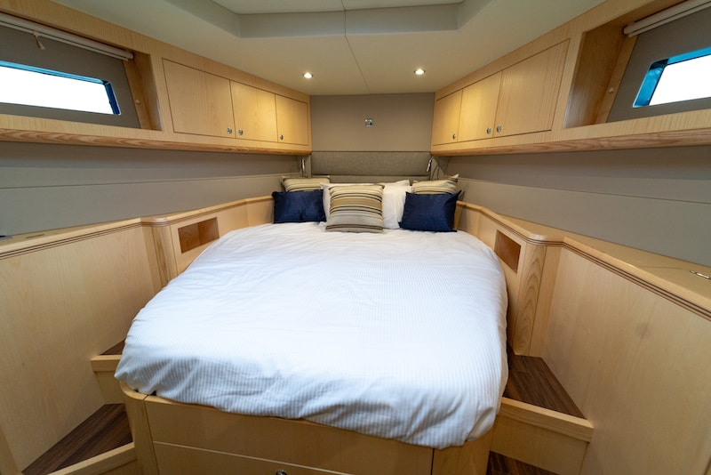 Discovery 54, VIP cabin
