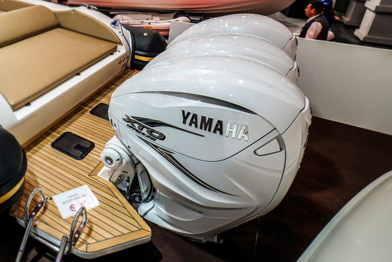 Prince 44 CC, Yamaha-XTO Offshore V8 outboards