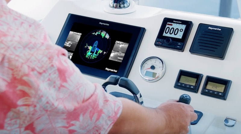Raymarine DockSense, docking maneuver