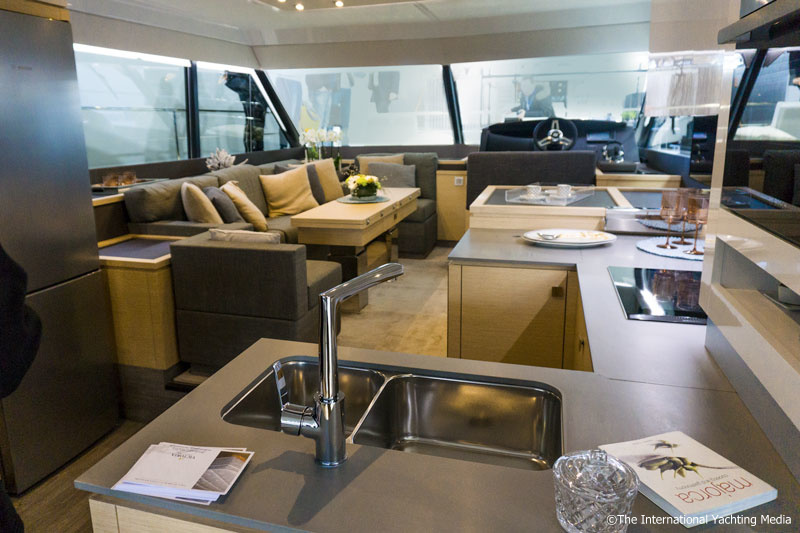 Fountaine Pajot MY 40, dinette