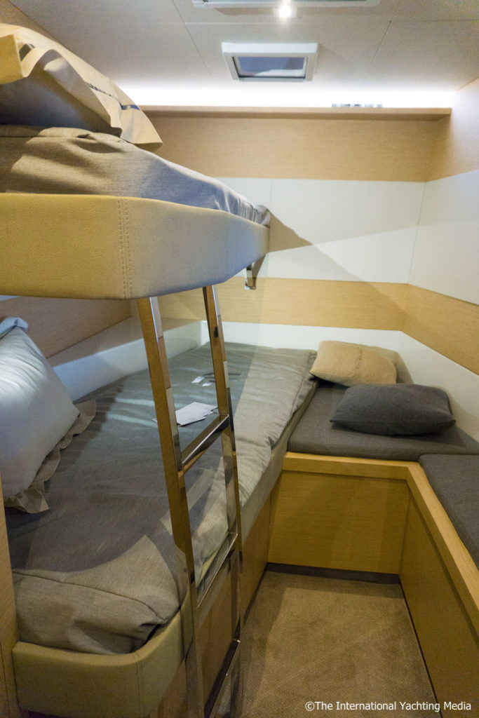 Fountaine Pajot MY 40, guest cabin