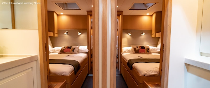 Contest 57CS, twin-bedded cabin