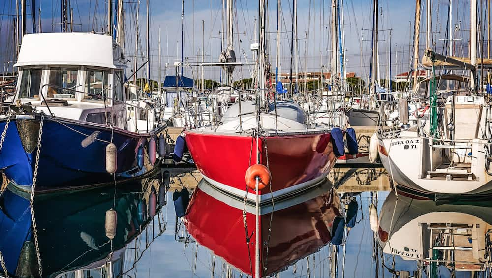 choosing a used sailboat