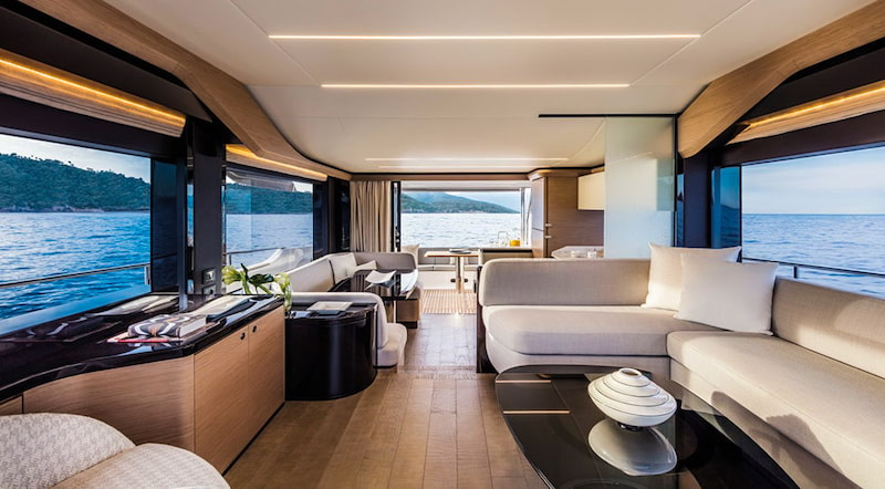 Absolute Navetta 58, living area