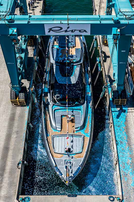 Riva 88 Folgore, launch