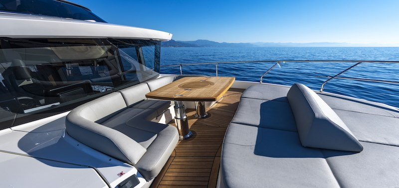 Absolute Navetta 64 bow living area