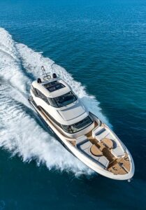 mcy 76 skylounge flibs top view