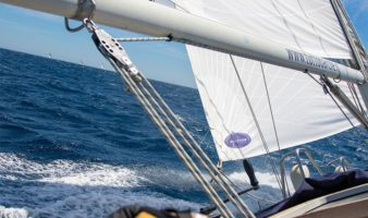Hi-tech dacron sails
