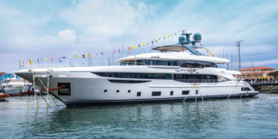 "Diamond 145, the new Benetti yacht ""slips"" into the water"